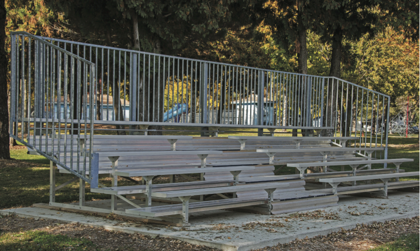 z PAINTBALL BLEACHERS
