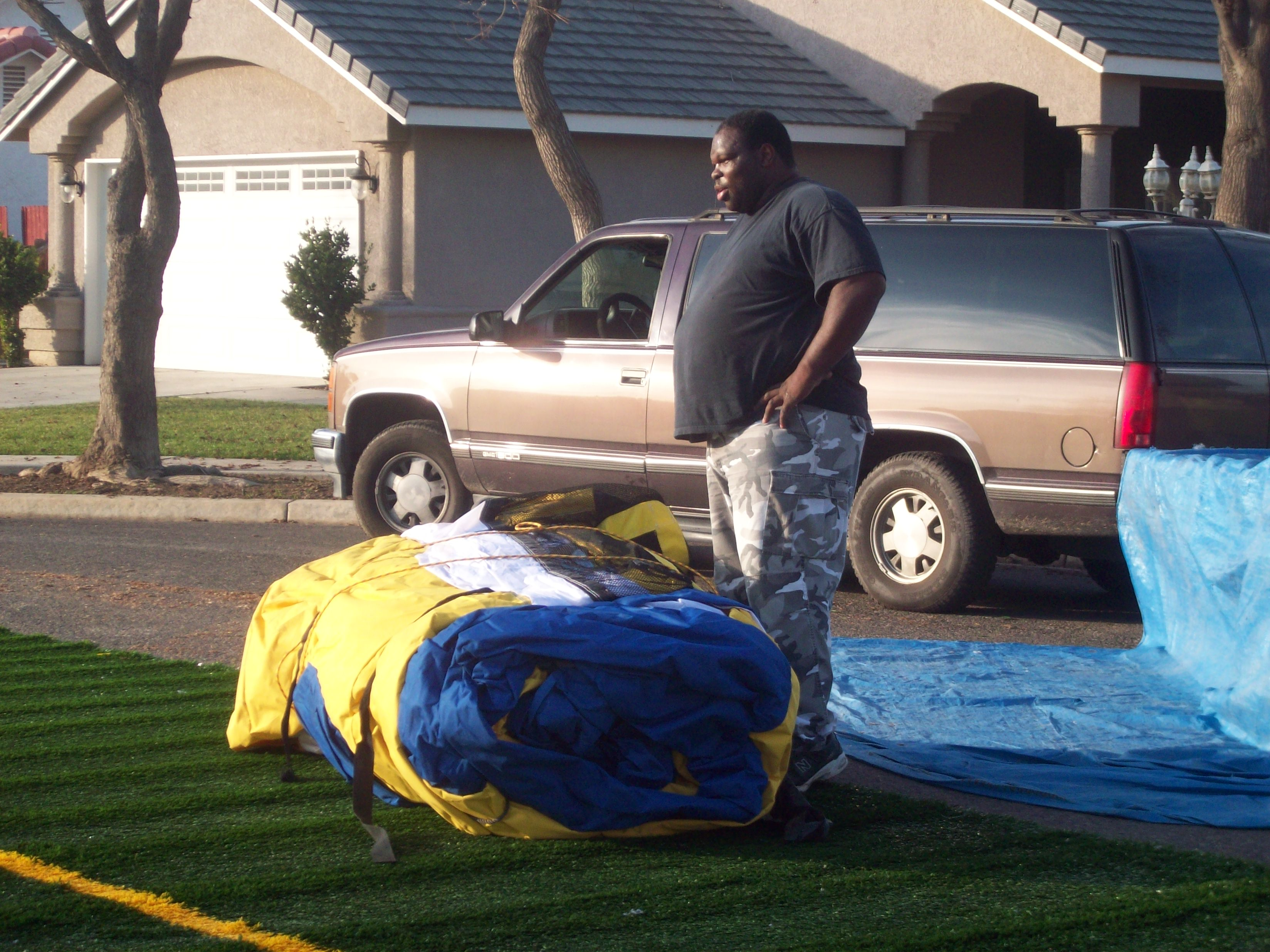 z Inflatable Paintball Field Set Up STEP 1